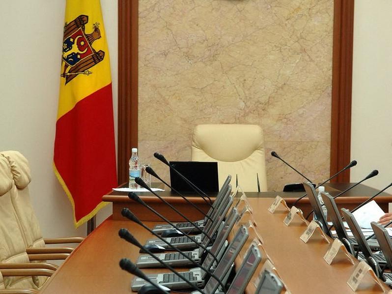 Молдова ищет неподкупного Генсека для Кабинета министров
