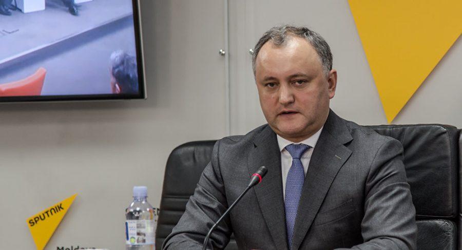 Президент Молдавии отказался подписывать антироссийские законы